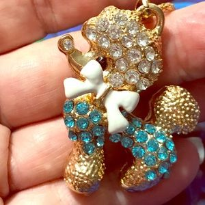 "Betsey crystal Poodle 25"" chain, really adorable🦋"